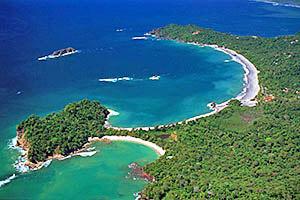 manuel-antonio-beach-aerial