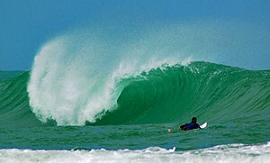 surfing-costa-rica-puerto-viejo-salsa-brava