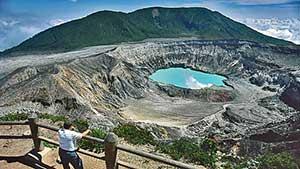 poas-volcano-in-costa-rica